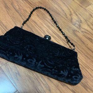 Black velvet ladies evening wristlet